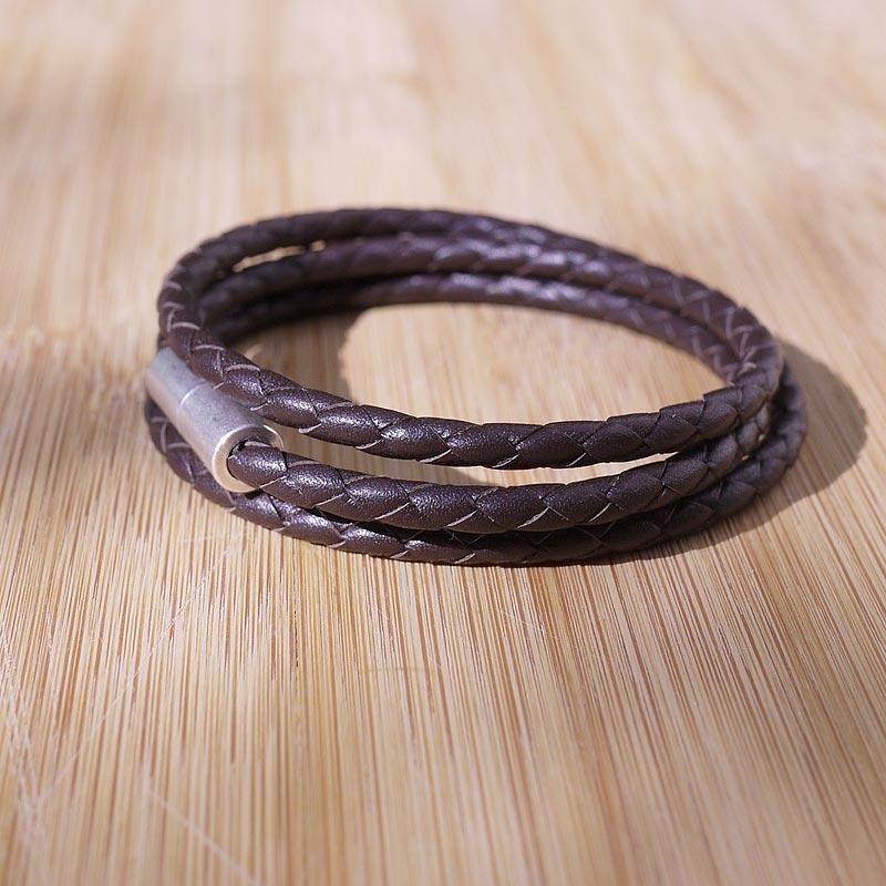 bracelet cuir artisanal homme en cuir tress marron fifi. Black Bedroom Furniture Sets. Home Design Ideas