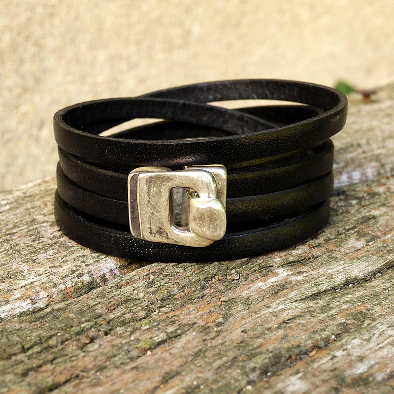 FiFi brin de cuir - Womens Leather wrap bracelet - Black a3e4fcc828