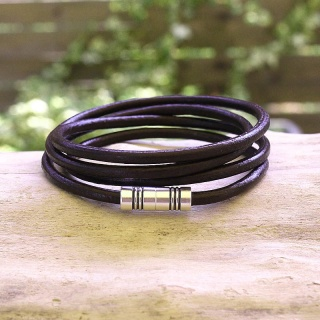 Men's leather wrap bracelet with magnetic clasp - dark brown